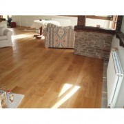 Solid_Oak_Flooring_Character_1